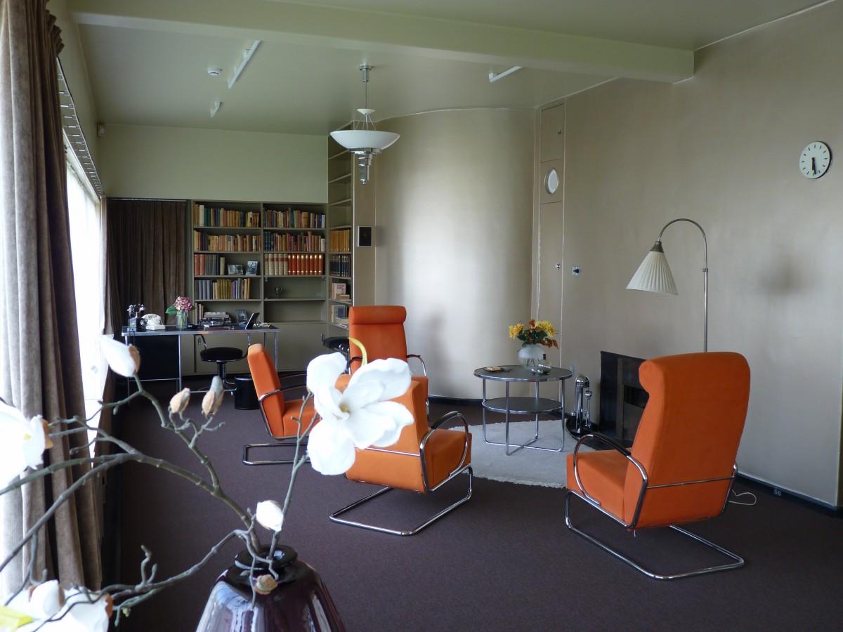 Das Wohnzimmer im Sonneveld House der Architekten Brinkmann udn Van der Vlugt (1933) in Rotterdam