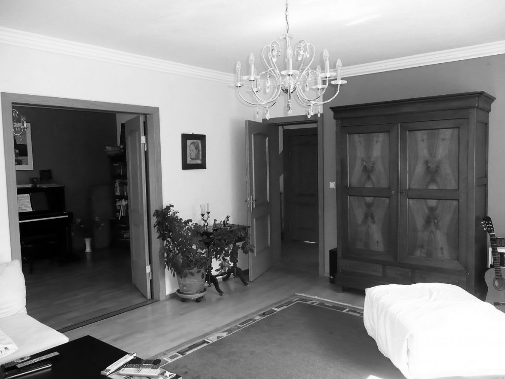 Neugestaltung der Wohnräume in einem Haus aus den 30er-Jahren ...